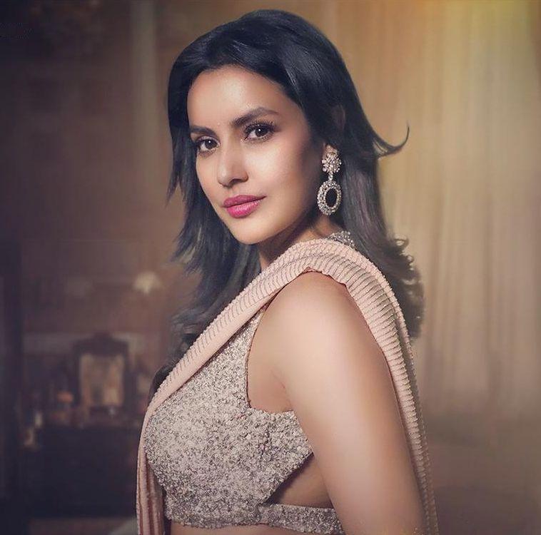 Priya Anand starrer Maya short film