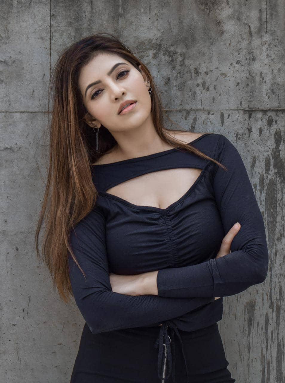 Actress Athulya Ravi Photo Gallery