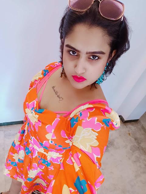 Bigg Boss 3 Tamil contestant and yesteryear actress Vanitha Vijayakumar Selfie Stills