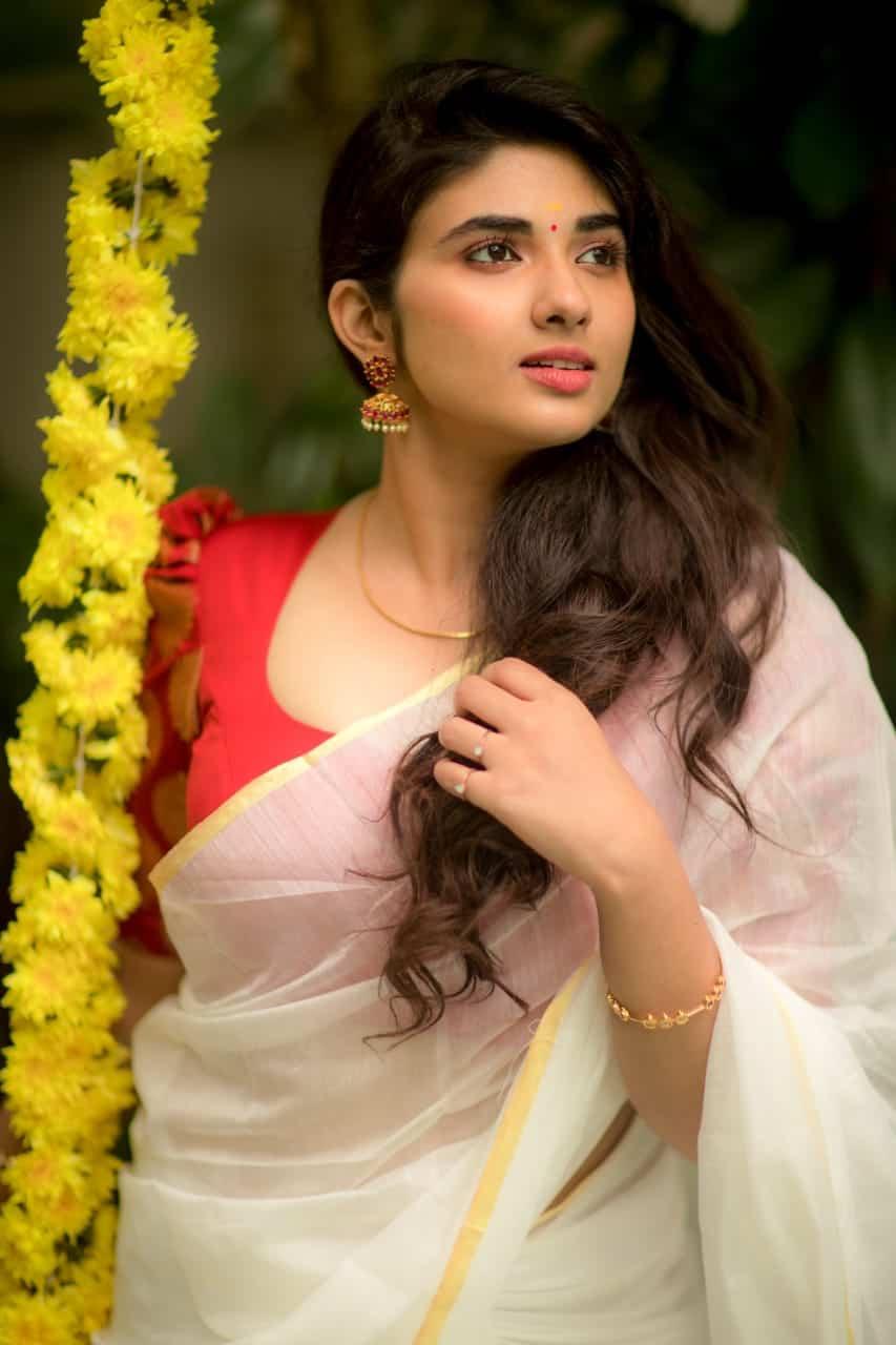 Onam Photoshoot Actress Pragya Nagra