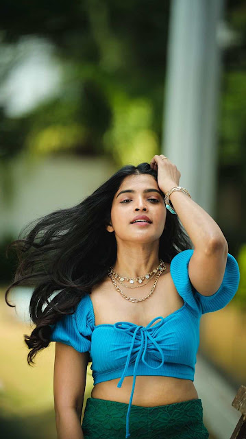 Sanchita Shetty Latest Hot Seductive Photoshoot Pictures