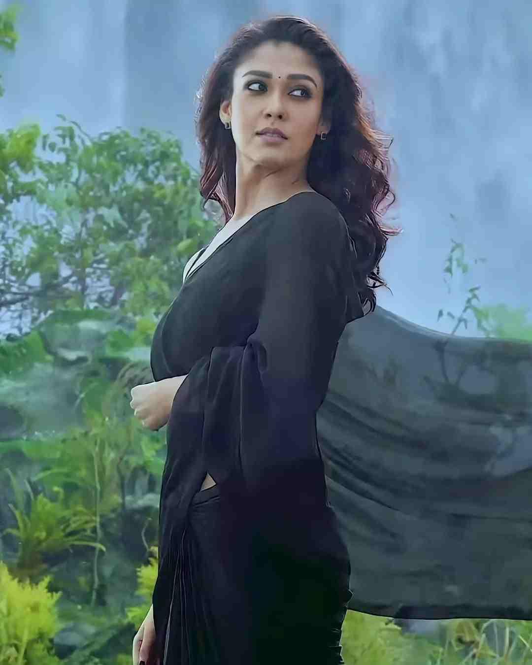 Saara Kaattrae Second Single Annaatthe featuring Nayanthara Rajinkanth